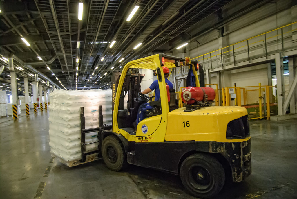 know the dangers of carbon monoxide and forklifts